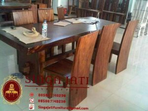 Meja Makan Set Singa Jati Furniture