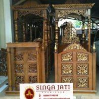 Mimbar-Masjid-Ukir-Atap-Kubah-Kayu-Jati