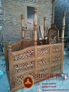 Mimbar-Masjid-Ukiran-Kaligrafi-09
