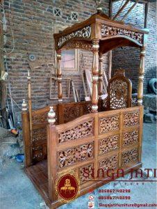 Mimbar-Masjid-Ukiran-Kaligrafi-10