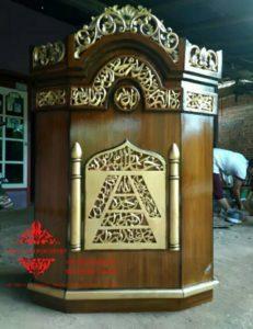 Harga-Mimbar-Masjid-Minimalis-Sederhana-Ukiran-Kaligrafi-05