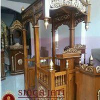 Model-Mimbar-Masjid-Pintu-Samping-Terbaru-Meja-Kaligrafi-01