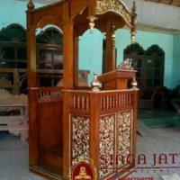 Model-Mimbar-Masjid-Pintu-Samping-Terbaru-Meja-Kaligrafi