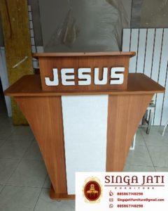 Mimbar-Gereja-minimalis-Kayu-Jati-01