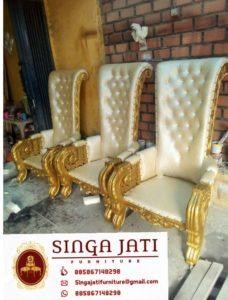 Model-Sofa-Dekorasi-Pelaminan-Ukir-Sandaran-Tinggi-Raffi-Ahmad