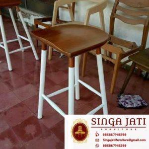 Kursi-Kafe-Minimalis-Terbaru-Kayu-Jati
