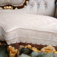 Model-Kursi-Tamu-Sofa-Ukir-Terbaru