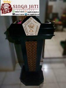 Mimbr-Gereja-Podium