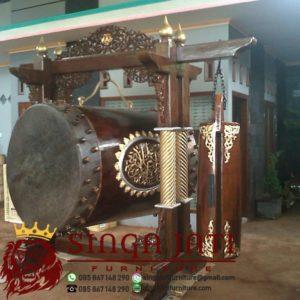 Bedug-Masjid-Ukir-Kayu-Jati