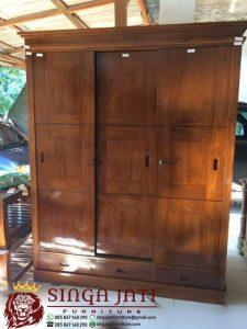 lemari-pakaian-3-pintu-sliding-0