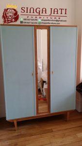 lemari-pakaian-sliding-jati
